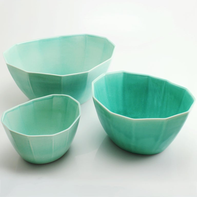Mid-Century Modern Nesting Bowl Set, Glossy Seafoam Green Set of Three Modern Stacking Serving Bowl