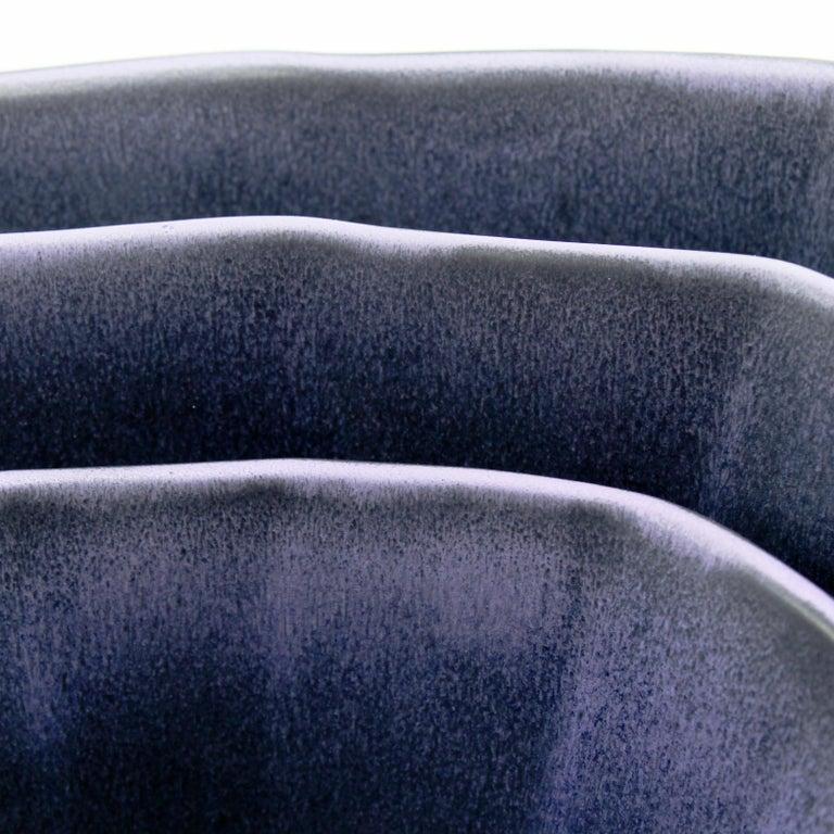Stapelbares Schüssel-Set, Mattes Schwarz-Lila Set aus Drei Modernen Stapel-Schüsseln 2