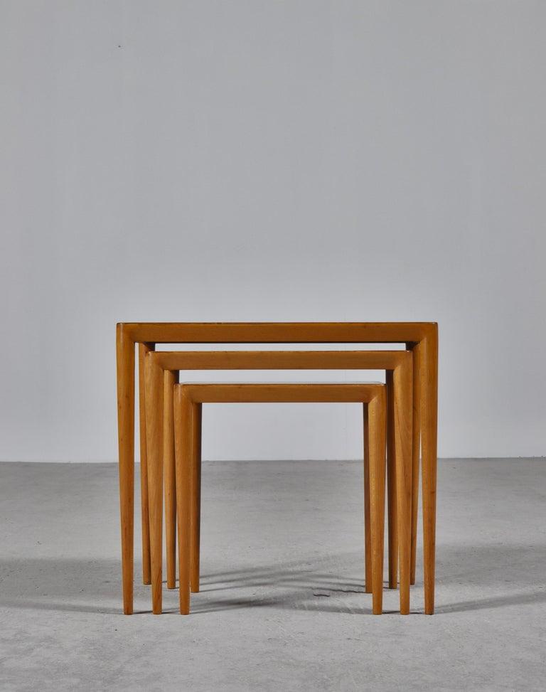 Scandinavian Modern Nesting Tables in Birch by Severin Hansen Jr. for Haslev Møbelfabrik, Denmark For Sale