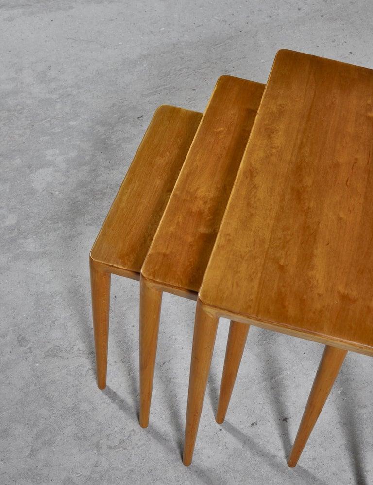 Mid-20th Century Nesting Tables in Birch by Severin Hansen Jr. for Haslev Møbelfabrik, Denmark For Sale