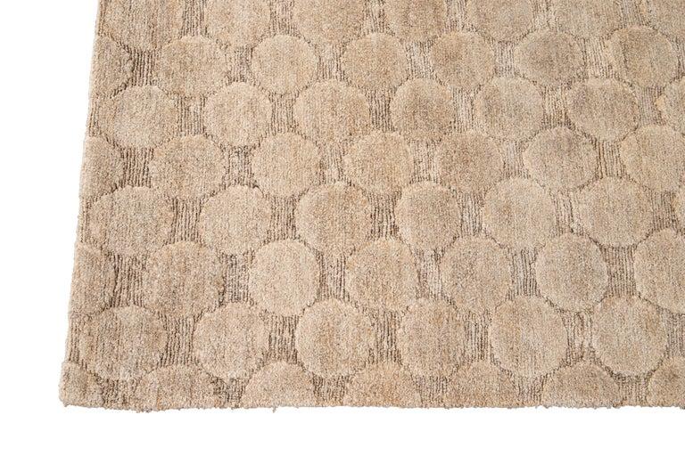 Neutral Modern Textured Handmade Tibetan Wool Rug In New Condition For Sale In Norwalk, CT