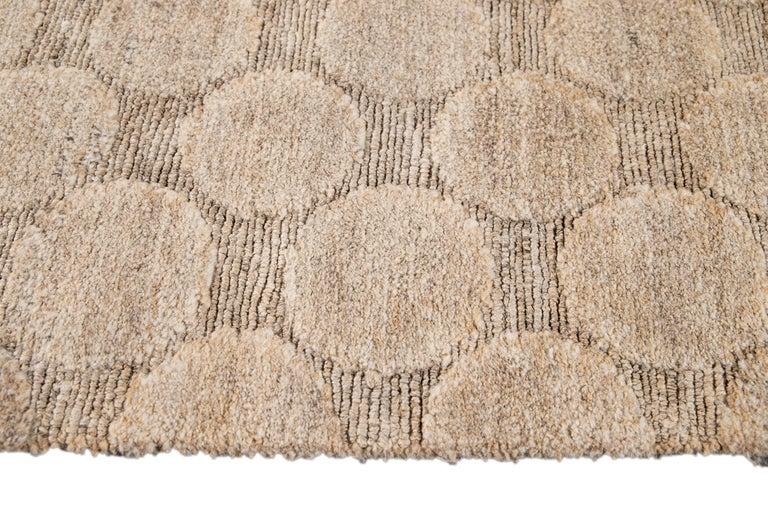 Neutral Modern Textured Handmade Tibetan Wool Rug For Sale 4