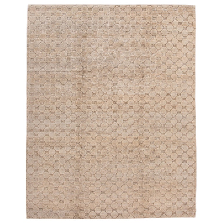 Neutral Modern Textured Handmade Tibetan Wool Rug For Sale