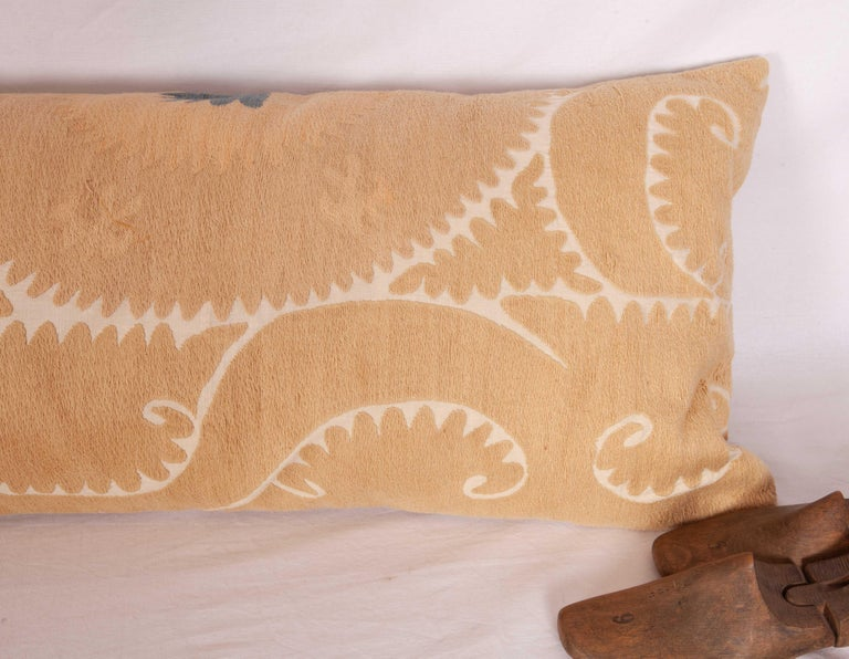 Neutral Suzani Lumbar Pillow Case Made from a Mid-20th Century Suzani In Good Condition For Sale In Istanbul, TR