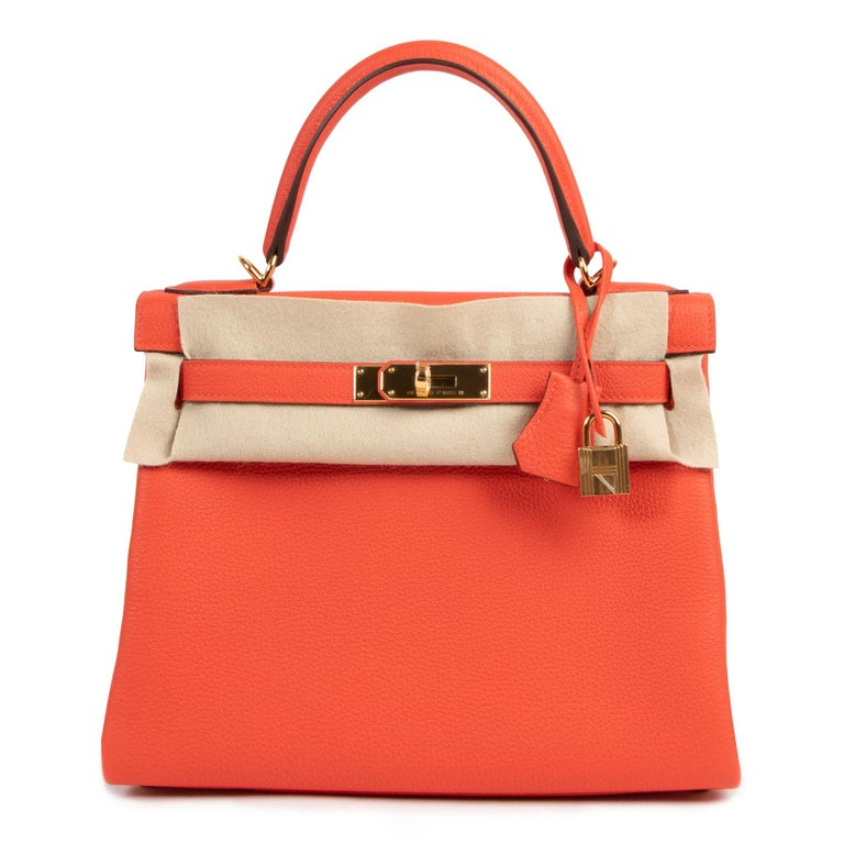 Red *Never Used* Hermes Kelly 28 TogoCapucine GHW For Sale