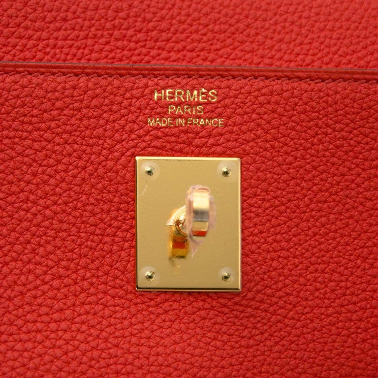 Women's Hermès Kelly 35 Togo Capucine GHW Bag and Strap For Sale