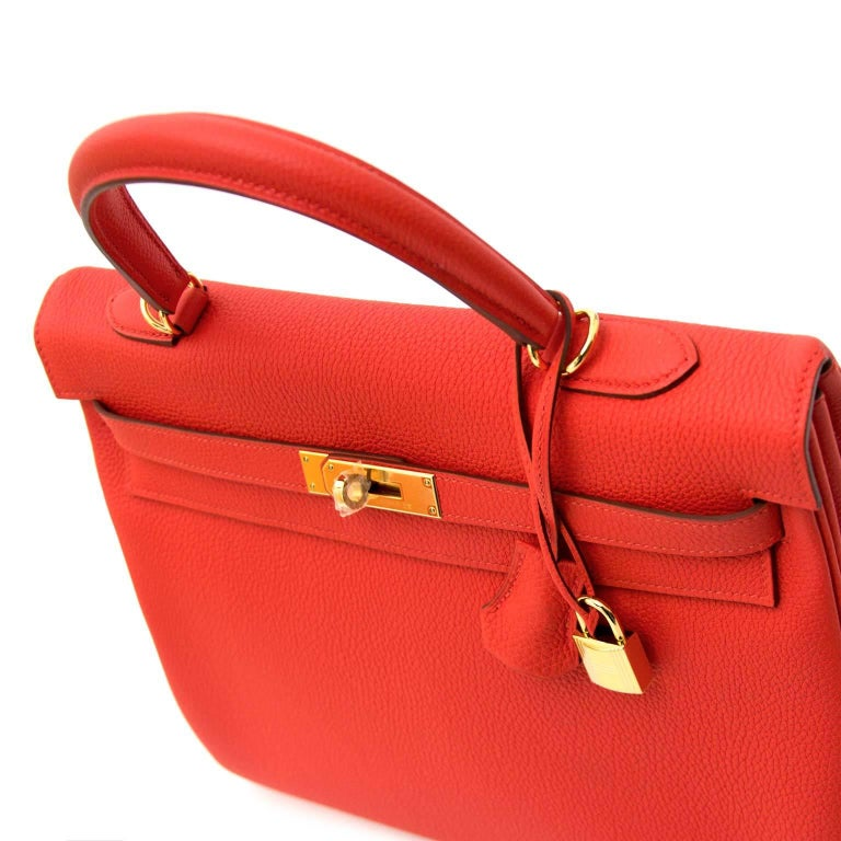 Hermès Kelly 35 Togo Capucine GHW Bag and Strap For Sale 1