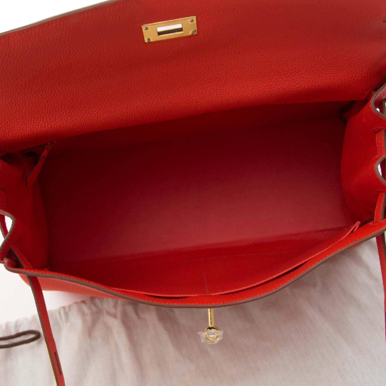 Hermès Kelly 35 Togo Capucine GHW Bag and Strap For Sale 2