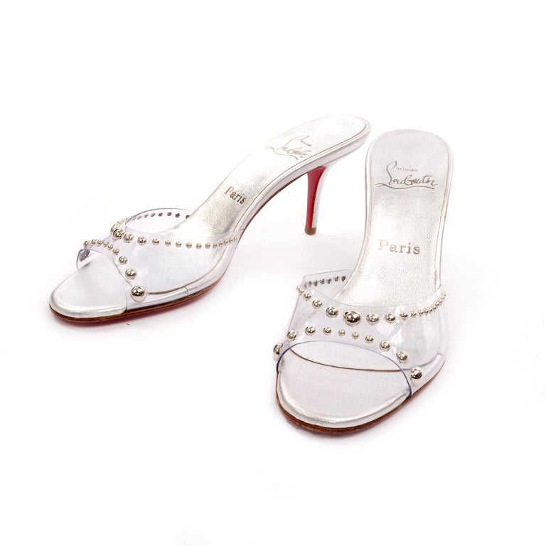 Never Worn Christian Louboutin Shoes Clear Open Toe Slides w Silver Studs Sz 39 In New Condition For Sale In Portland, OR