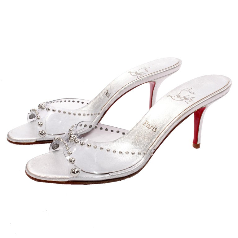 Women's Never Worn Christian Louboutin Shoes Clear Open Toe Slides w Silver Studs Sz 39 For Sale