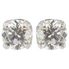 New 1.10 Carat Diamonds 18 Karat White Gold Stud Earrings
