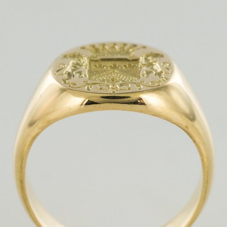 18 Karat Yellow Gold Blazon Men Modern Signet Ring For Sale 3