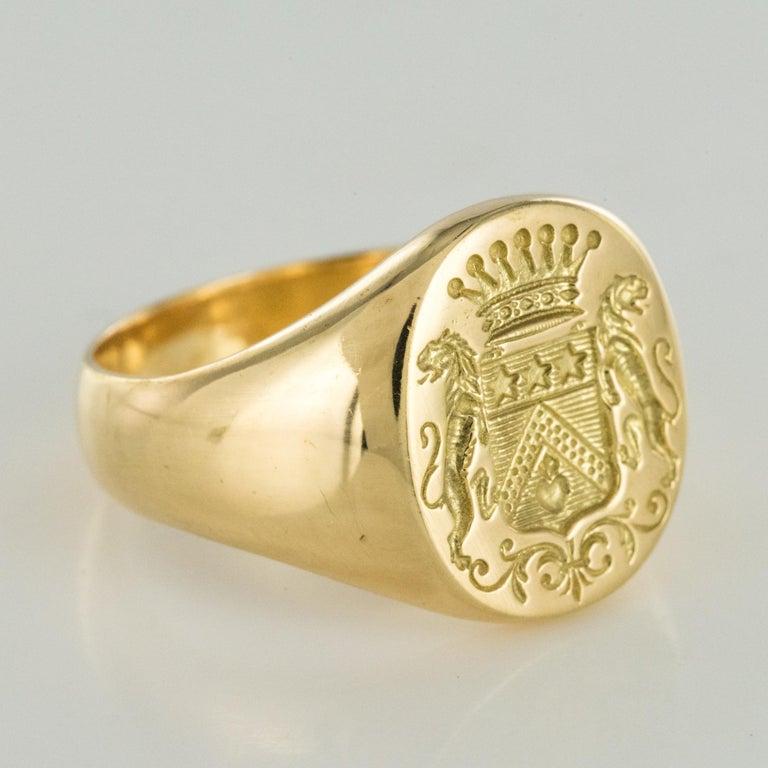 18 Karat Yellow Gold Blazon Men Modern Signet Ring For Sale 5