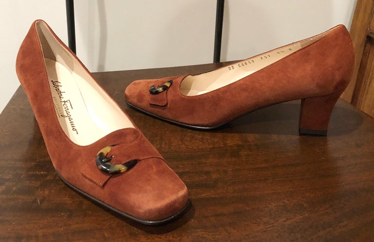 New 1990s Salvatore Ferragamo Size 6.5 Light Brown Suede Low Heels Vintage Shoes 9