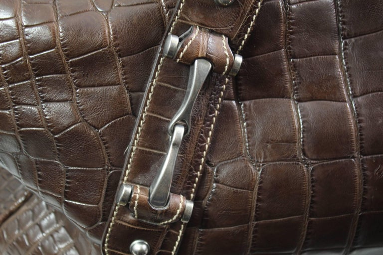 Amazing Gucci's men travel bag in crocodile Cocco Nappato (Louisiana crocodile). No CITES or invoece so please make ssure about customs in your country regarding exotics skins. Steel hardware Linining in canvas ( initialss engraved in an