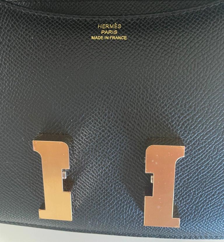 Women's or Men's New 2021 Hermes Constance 18 Mini Black Epsom Rose Pink Gold Hardware  For Sale