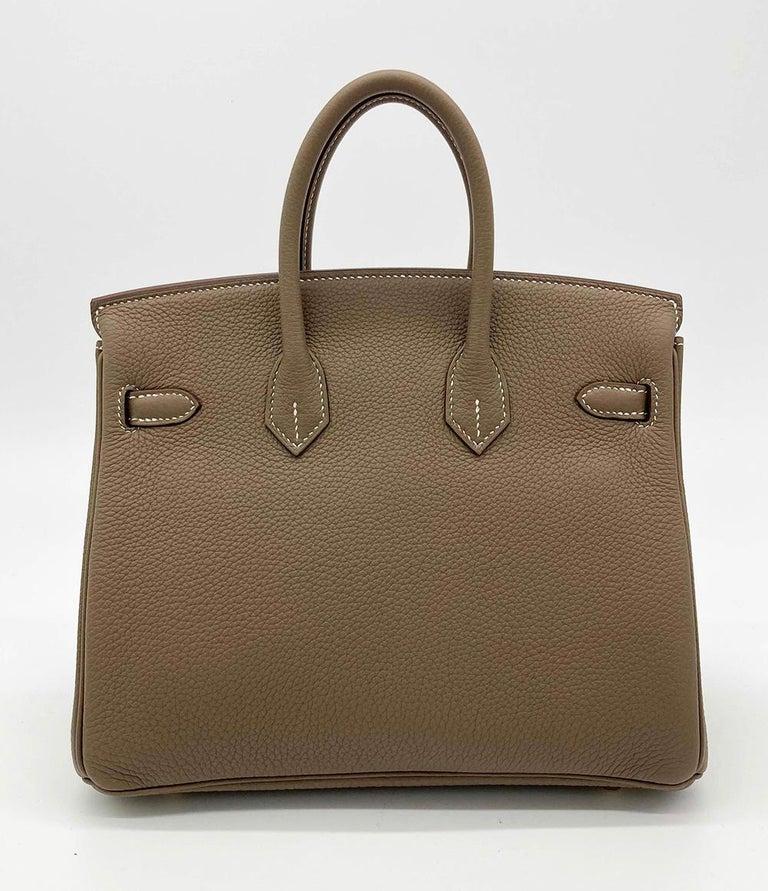 Women's NEW 2021 Hermes Etoupe Togo Birkin 25 GHW  For Sale