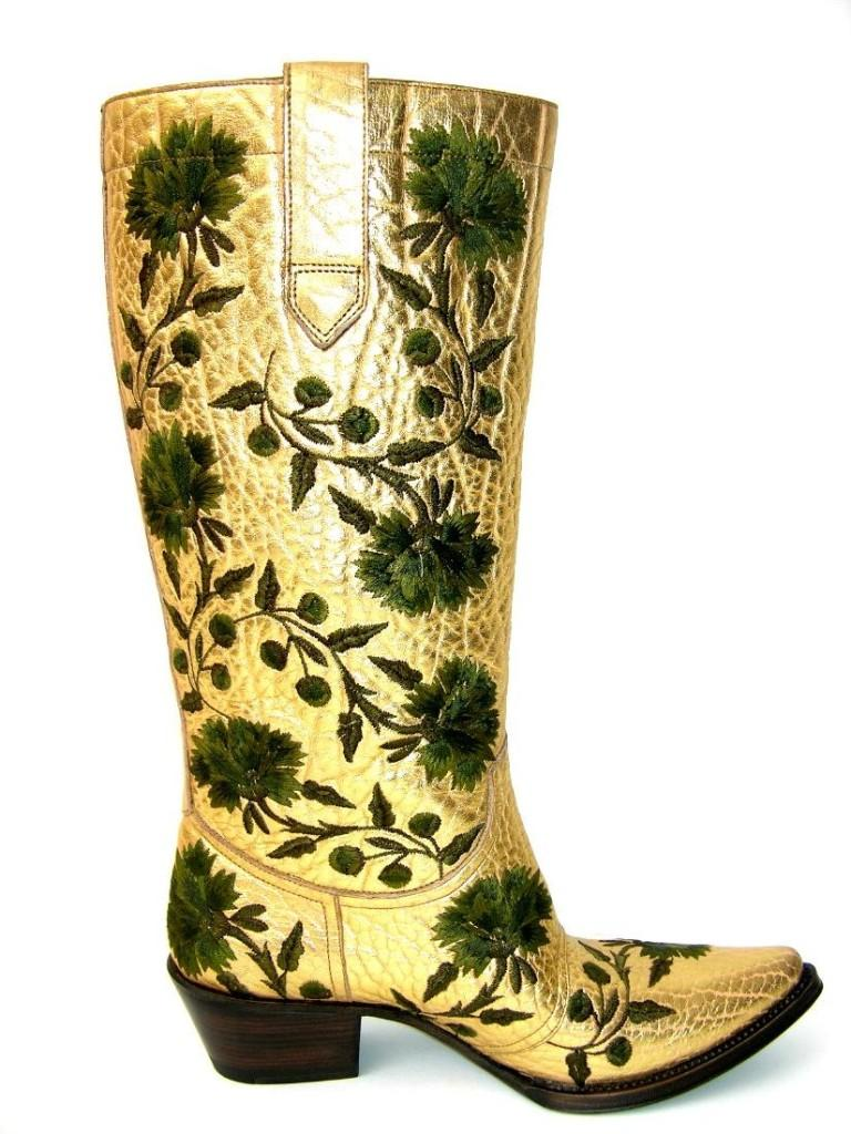 GIANNI BARBATO Western Bullhide Gold Leather Boots Italian size 35.5 - US 5.5 100% Leather, Gold-tone Color with Green Flowers Embroidery, Laminated Effect. Lined Interior with Satin, Hand-Crafted Workmanship. Leather Sole, Western Heel - 2