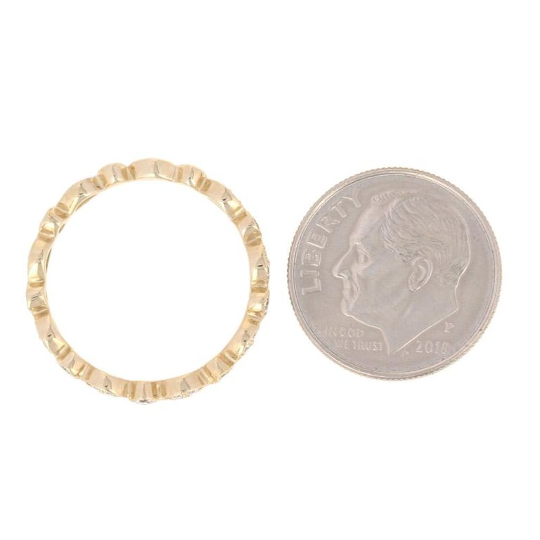 Women's .30 Carat Round Brilliant Diamond Band, 14 Karat Gold Ring For Sale