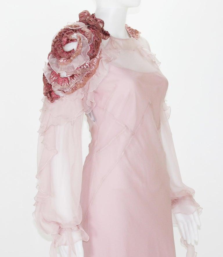New Alberta Ferretti Runway F/W 2017 Silk Pink Wedding Dress with Application 40 For Sale 2