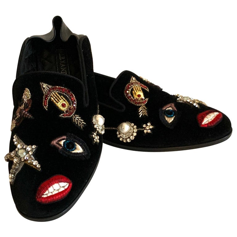 New Alexander Mcqueen Obsession Charm Velvet Loafers Smoking Slippers Flat Shoes For Sale