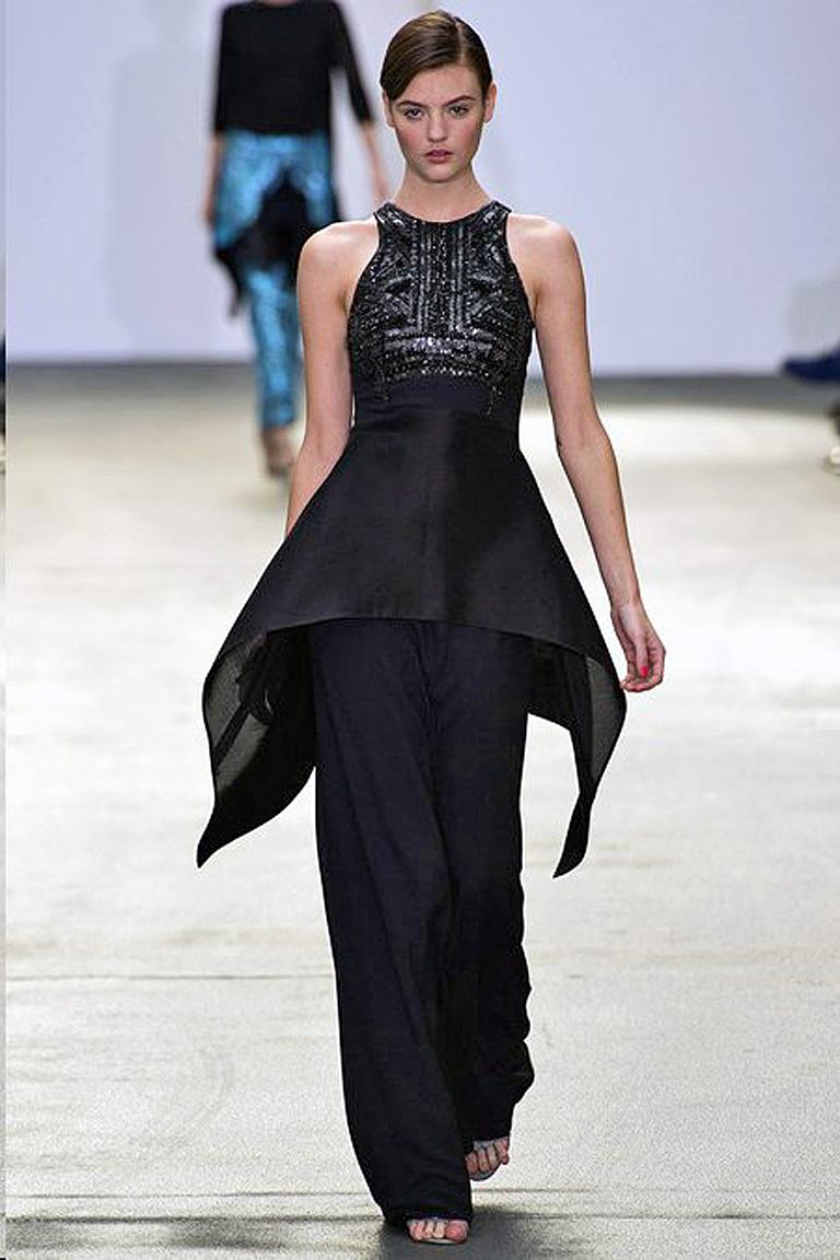 New Antonio Berardi Black Beaded Runway Red Carpet Dress Gown In New Condition For Sale In Los Angeles, CA