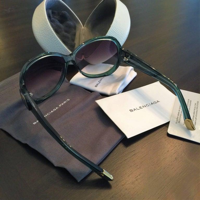 New Balenciaga Emerald Green Reflective Sunglasses With Case For Sale 6