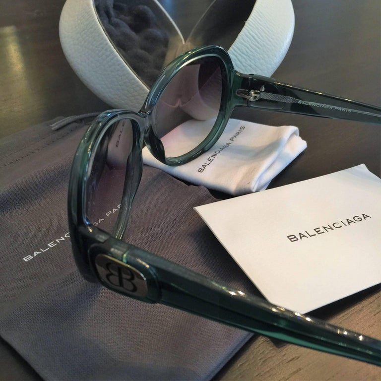 New Balenciaga Emerald Green Reflective Sunglasses With Case For Sale 8