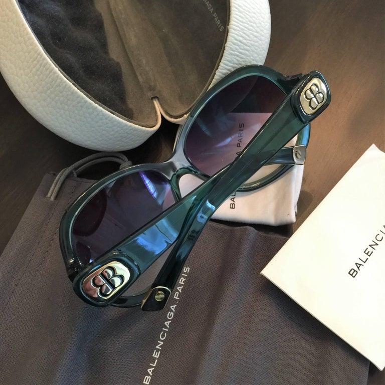 New Balenciaga Emerald Green Reflective Sunglasses With Case For Sale 3