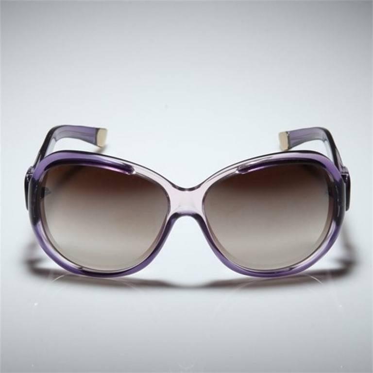 New Balenciaga Purple Reflective Sunglasses With Case In New Condition For Sale In Leesburg, VA