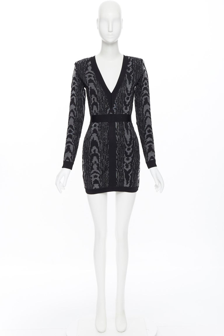 Black new BALMAIN black abstract jacquard V-neck shoulder padded bodycon dress FR36 XS For Sale