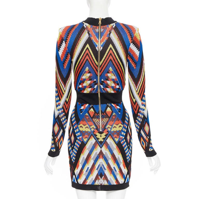 Women's new BALMAIN Runway ethnic tribal knitted lace V-neck bodycon mini dress FR36 S For Sale