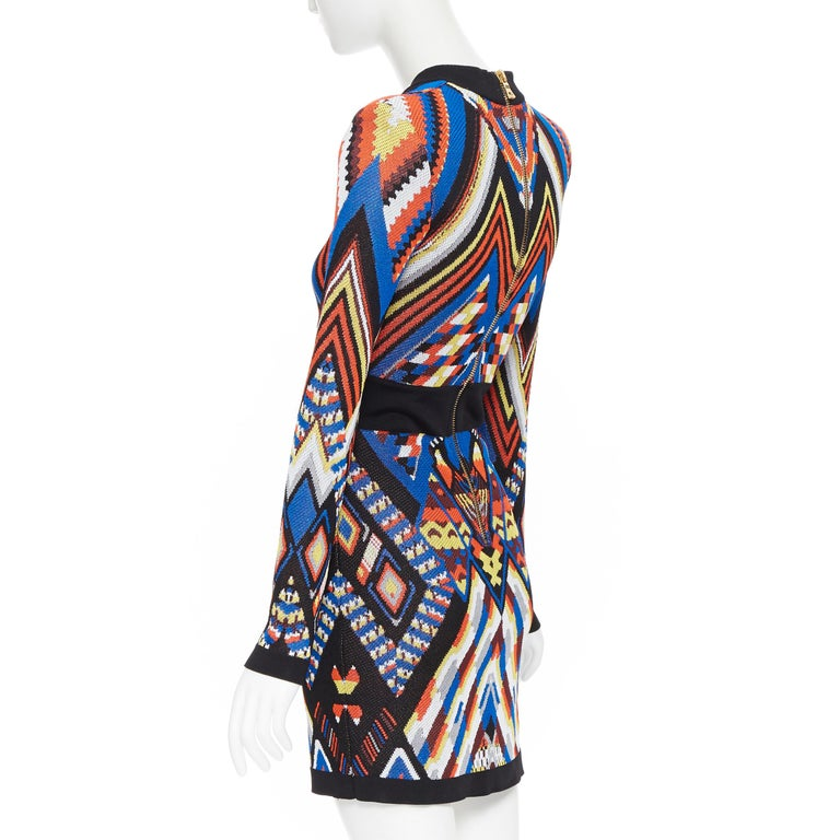 new BALMAIN Runway ethnic tribal knitted lace V-neck bodycon mini dress FR38 M For Sale 1