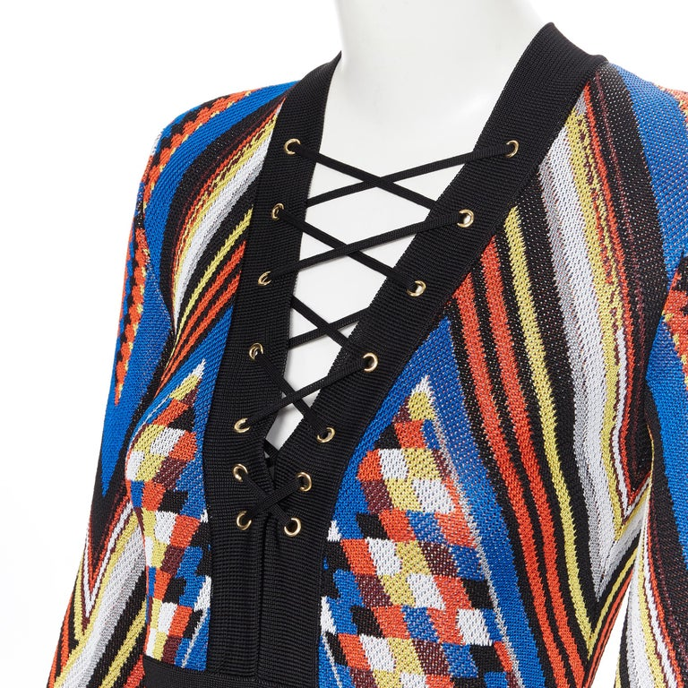 new BALMAIN Runway ethnic tribal knitted lace V-neck bodycon mini dress FR38 M For Sale 2
