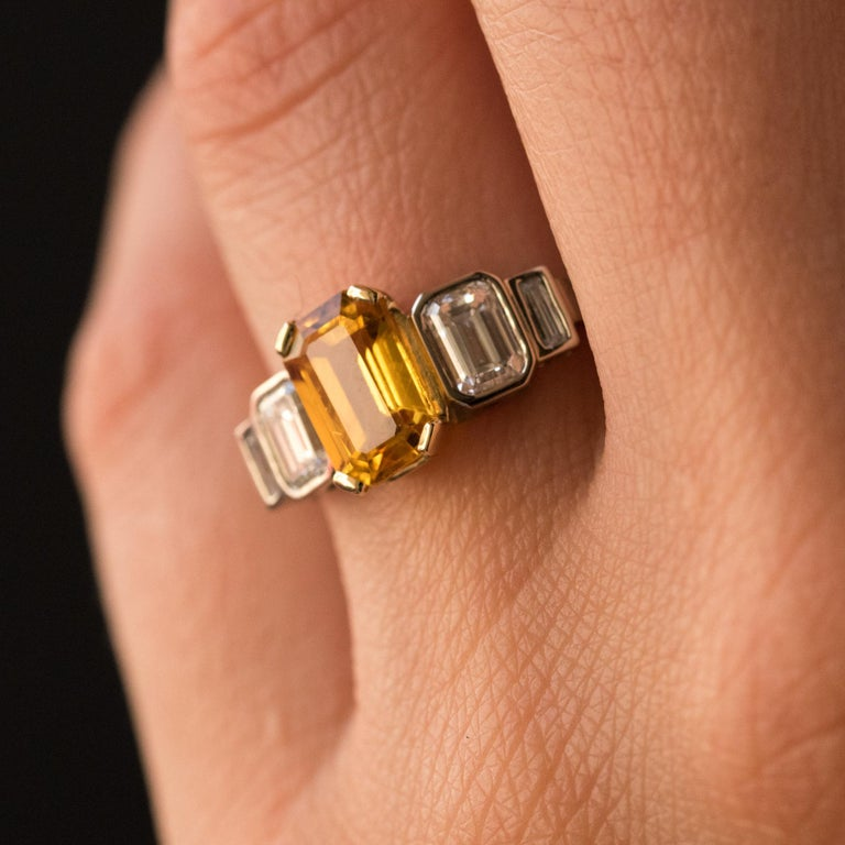 Art Deco Style Yellow Ceylon Sapphire Diamonds Ring For Sale 1