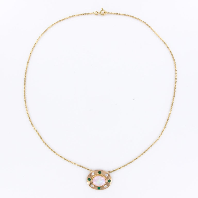 Baume Opal Emerald Diamond 18 Karat Yellow Gold Necklace For Sale 6