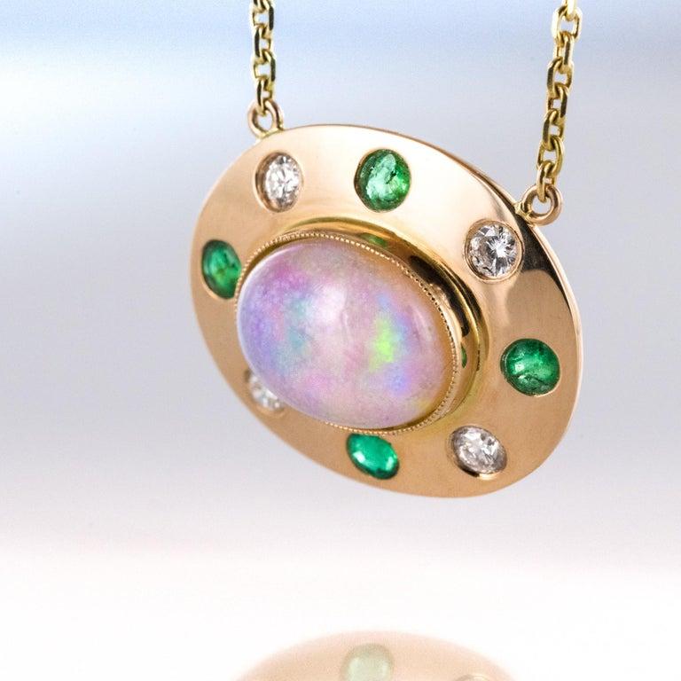 Modern Baume Opal Emerald Diamond 18 Karat Yellow Gold Necklace For Sale