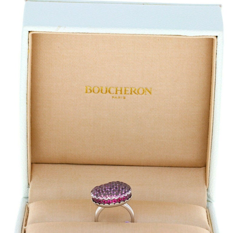 Boucheron White Gold Tentation Macaron Sapphire Ruby Ring In New Condition For Sale In Beverly Hills, CA