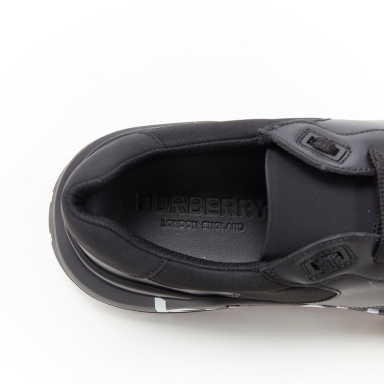 new BURBERRY TISCI Ramsey KINGDOM black leather low top chunky sneakers EU43 For Sale 6