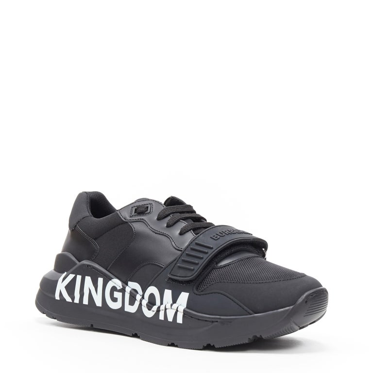 new BURBERRY TISCI Ramsey KINGDOM black leather low top chunky sneakers EU43 Brand: Burberry Designer: Riccardo Tisci Collection: 2019 Model Name / Style: Ramsey Material: Leather Color: Black Pattern: Solid Closure: Lace up Lining material: