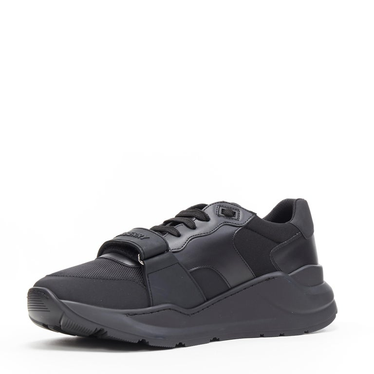 new BURBERRY TISCI Ramsey KINGDOM black leather low top chunky sneakers EU43 In New Condition For Sale In Hong Kong, NT