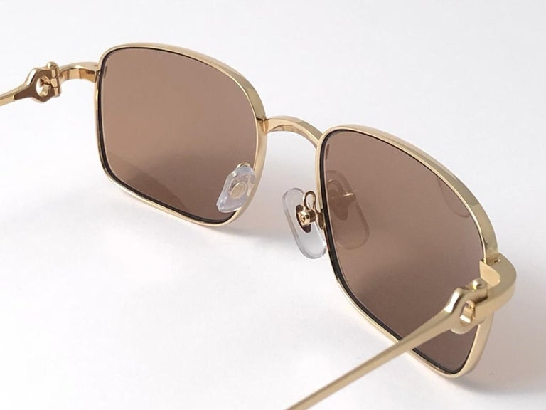 New Cartier 56 20mm Brushed Gold Plated Brown Lenses Sunglasses Made in France For Sale 2