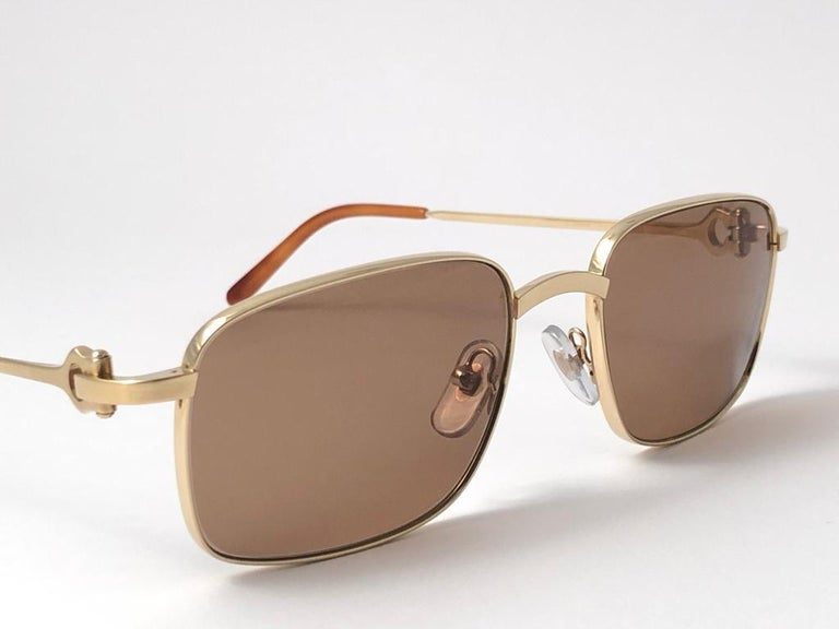 New Cartier 56 20mm Brushed Gold Plated Brown Lenses Sunglasses Made in France For Sale 3