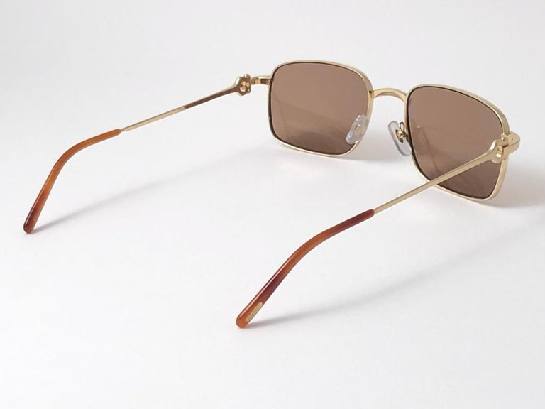 New Cartier 56 20mm Brushed Gold Plated Brown Lenses Sunglasses Made in France For Sale 4