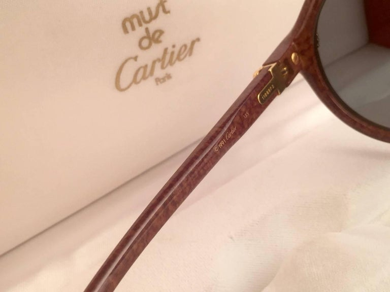 Women's or Men's New Cartier Cabriolet Round Brown 52MM 18K Gold Sunglasses France 1990's For Sale