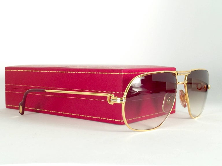 New Cartier Tank 59mm Medium Gradient Vendome Sunglasses France 18k Sunglasses In New Condition For Sale In Amsterdam, Noord Holland