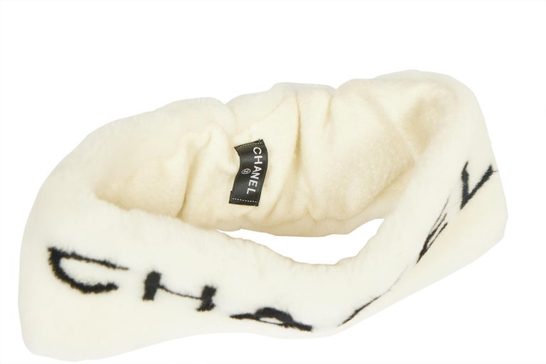 New Chanel Shearling Headband White with Box In New Condition For Sale In West Hollywood, CA