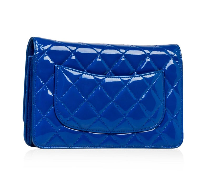 Women's or Men's New Chanel Wallet on Chain Royal Woc Blue Patent Leather Cross Body Bag For Sale
