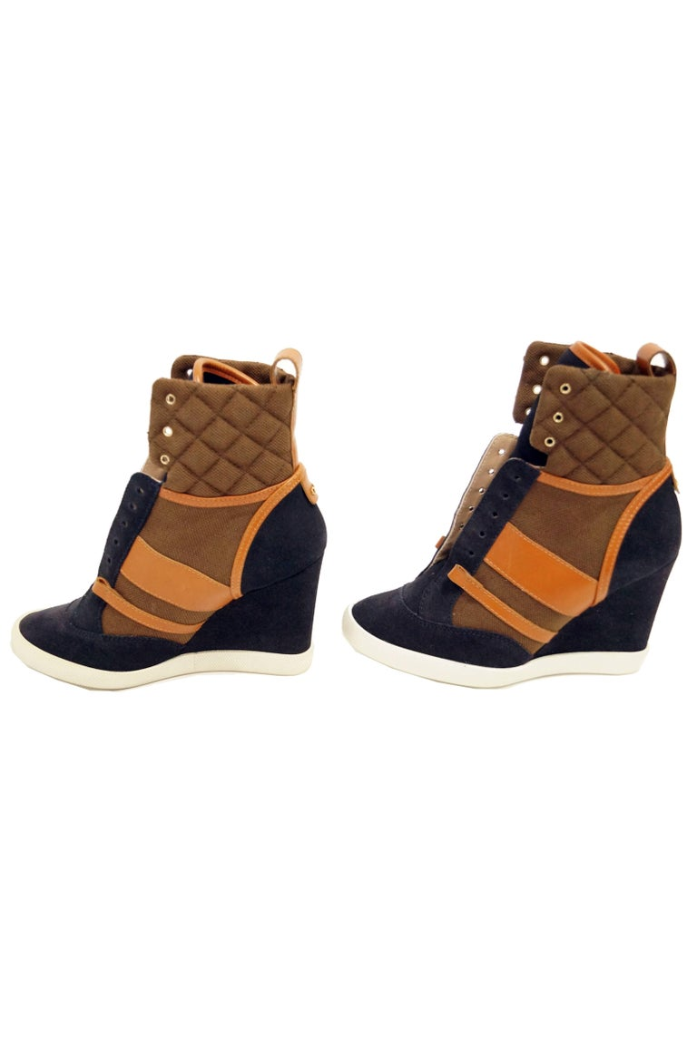 Chloé Blue and Brown Suede, Leather and Canvas Wedge Sneakers In New Condition For Sale In Houston, TX