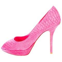 UNWORN Christian Dior Hot Pink Exotic Peep Toe High Heels Sandals Logo Plate